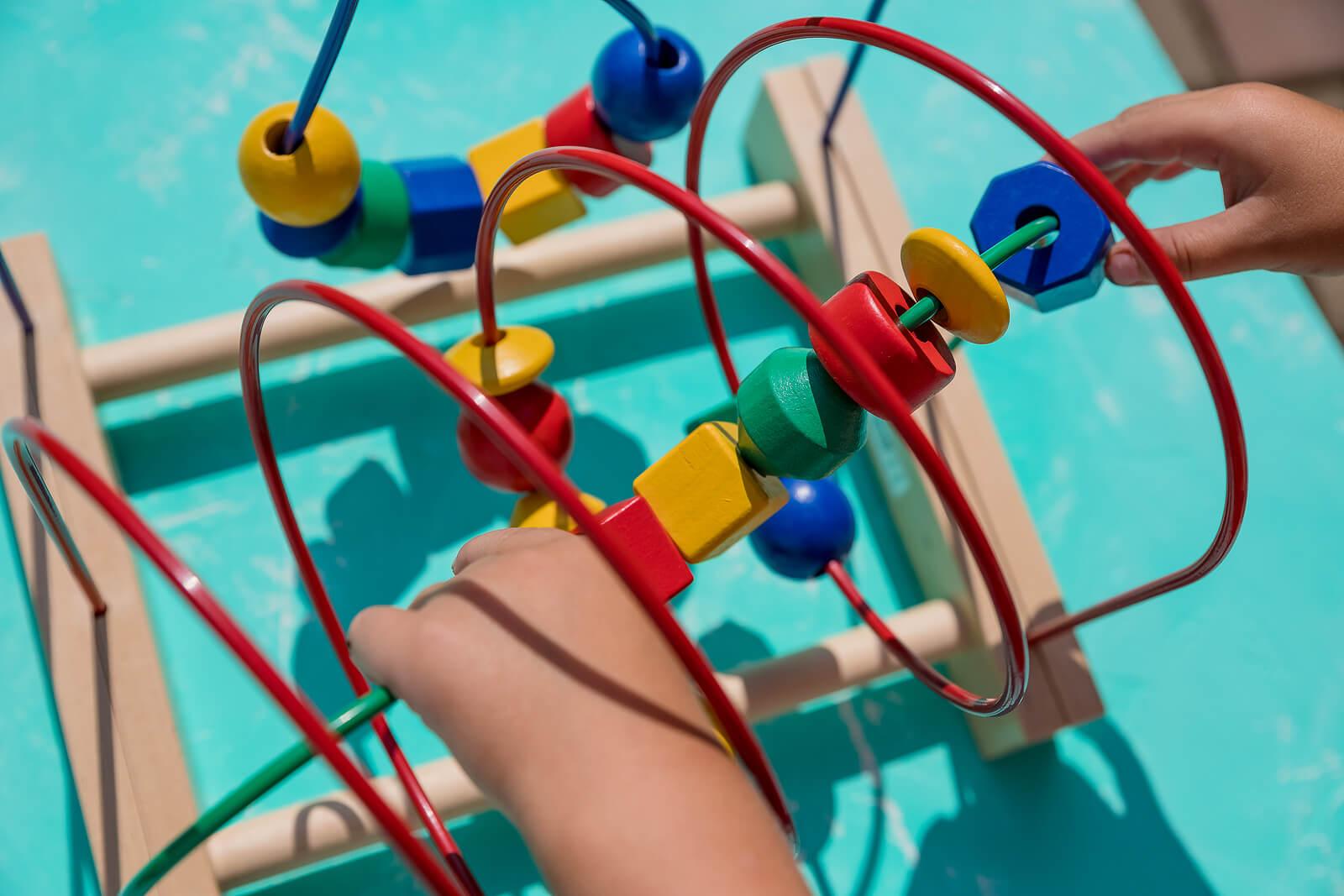 Uno de los juguetes Montessori más entretenidos.