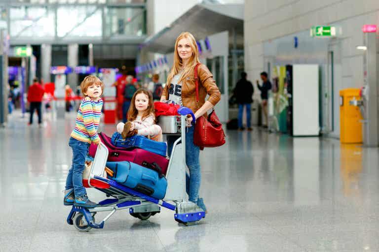 Viajar con niños: ¿qué documentos son necesarios?