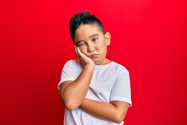 Niños que se aburren en vacaciones: causas y cómo actuar