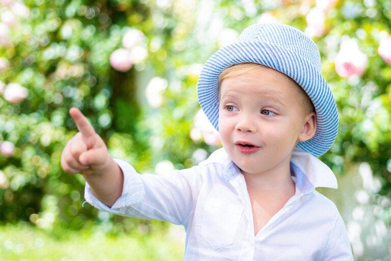 ¿Qué hacer si mi hijo no señala?