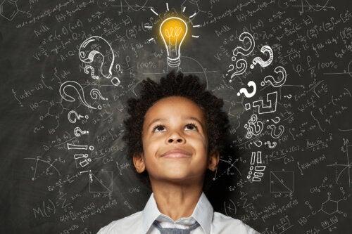 5 diferencias entre niños superdotados y genios