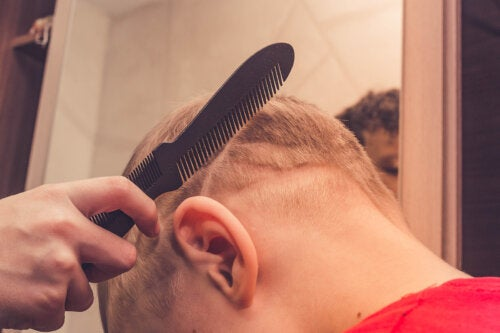 ¿Por qué se les cae el pelo a los niños?