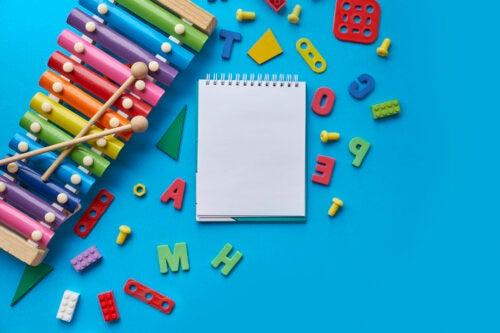 Manualidades para que los niños aprendan el abecedario