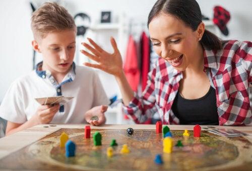 4 juegos colaborativos para jugar en familia