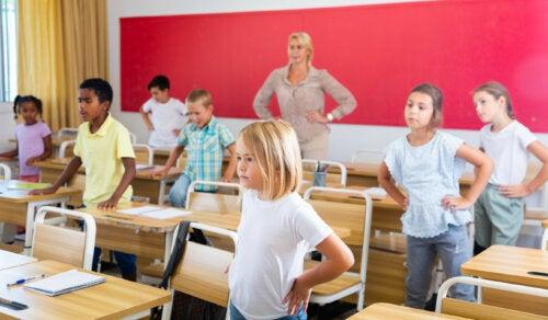 Los beneficios de los descansos activos en las aulas