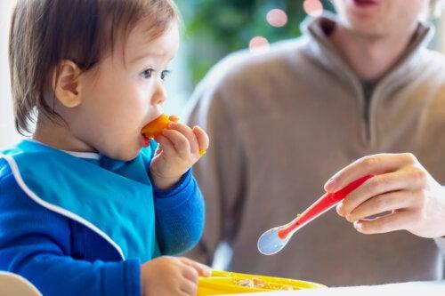 Cómo aprende el niño a masticar