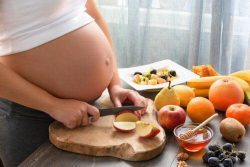 ¿Se puede comer miel en el embarazo?