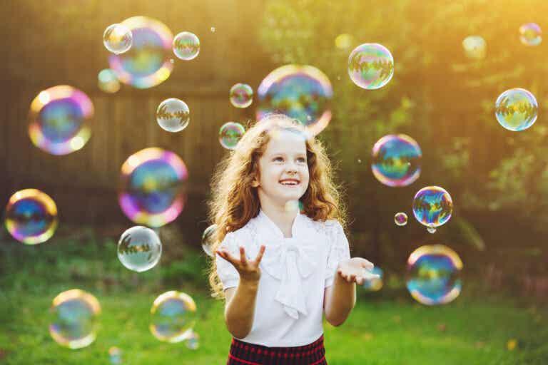 El juego de las pompas para el autocontrol infantil