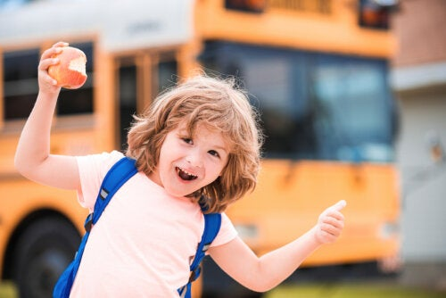 7 frases para motivar al niño en el cole