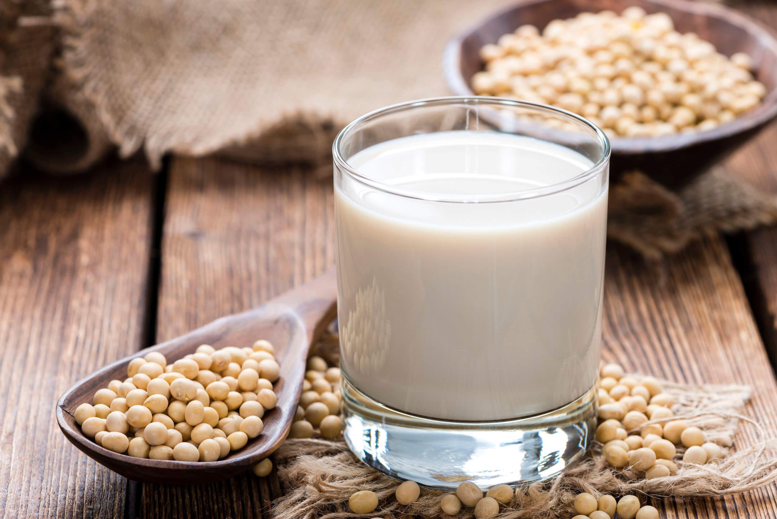 Vaso de leche de soja.