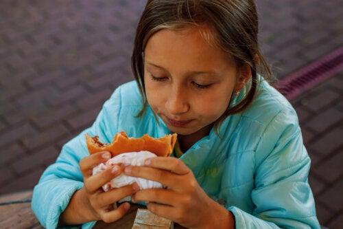 Colesterol alto en niños: causas y cómo tratarlo