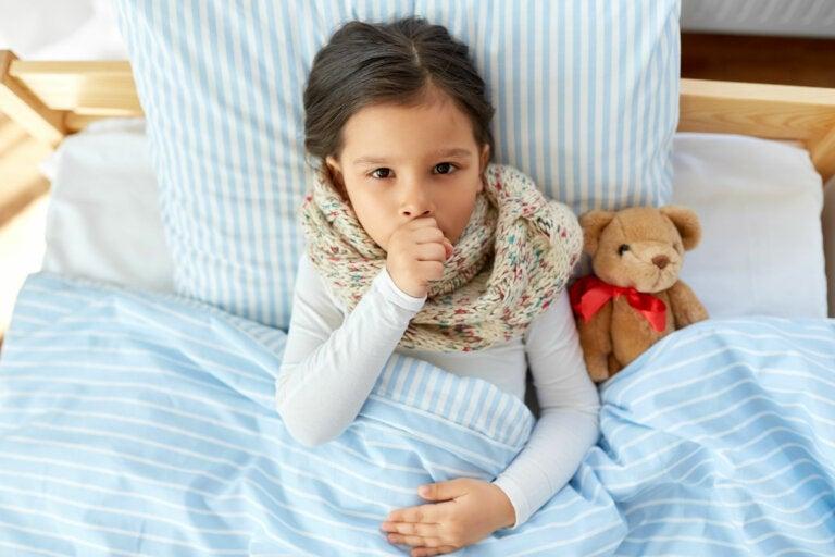4 remedios naturales para la tos en los niños