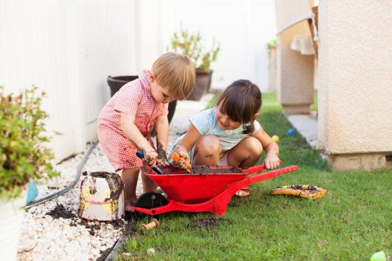 Cómo afecta jugar a ensuciarse al desarrollo infantil