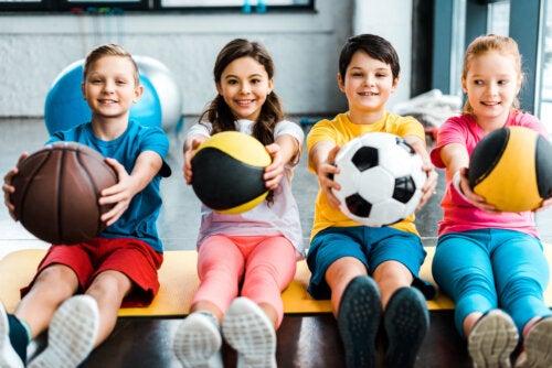Cómo iniciar a los niños en el deporte