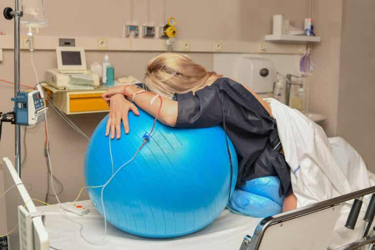 5 métodos naturales para aliviar los dolores de parto