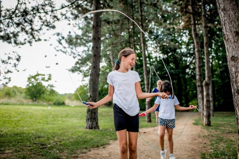 Ejercicios sencillos para que los niños hagan deporte