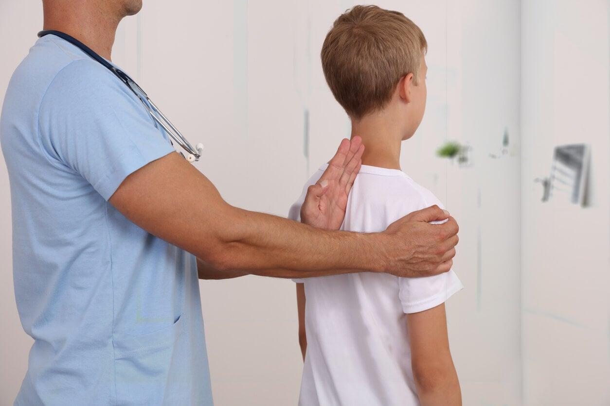 4 claves para conseguir una adecuada higiene postural en niños