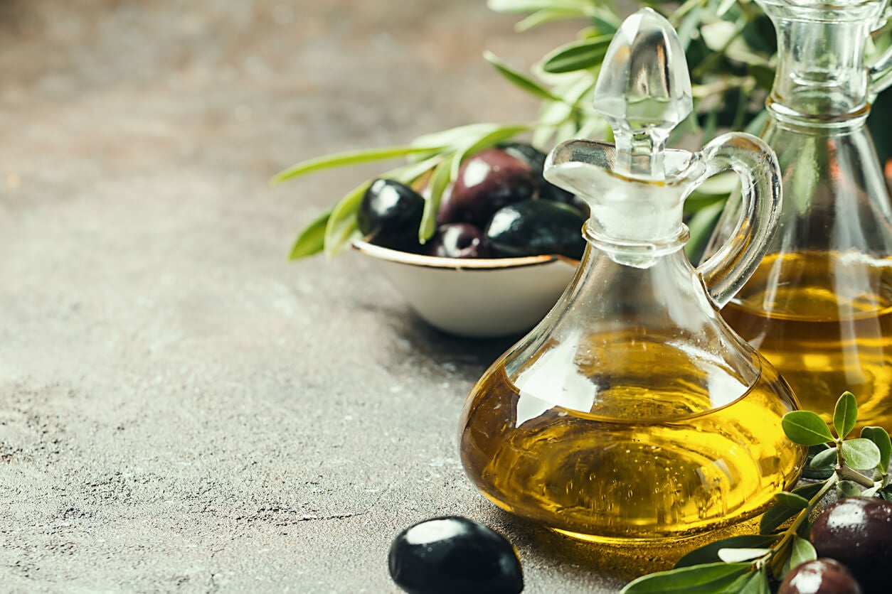Huile d'olive extra vierge (EVOO).
