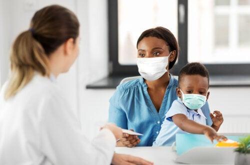 4 errores de medicación que pueden cometer los padres