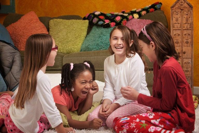 5 juegos divertidos para una fiesta de pijamas