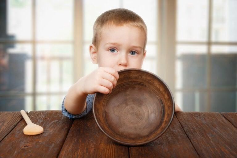 El síndrome del plato vacío o limpio: ¿realmente funciona?