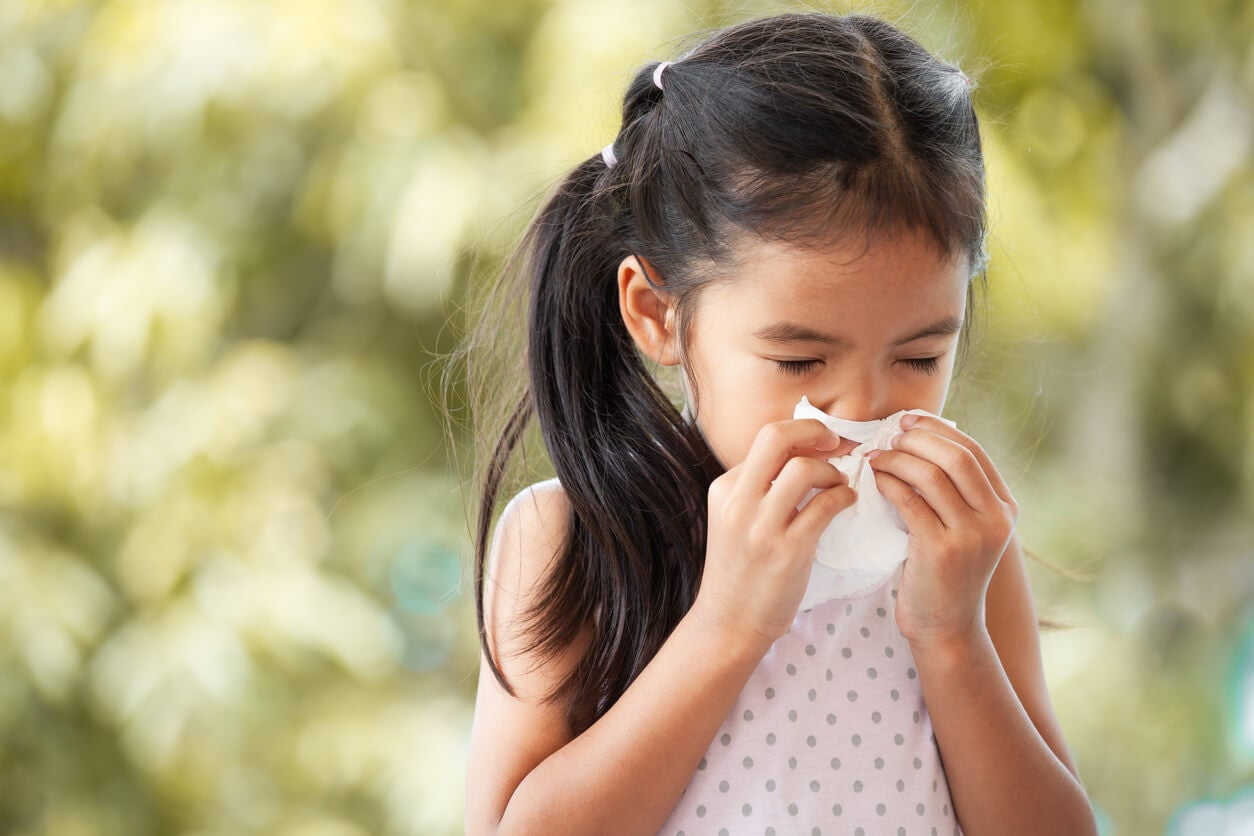 nina nena panuelo tissue resfrio resfriado catarro via aerea superior rinitis
