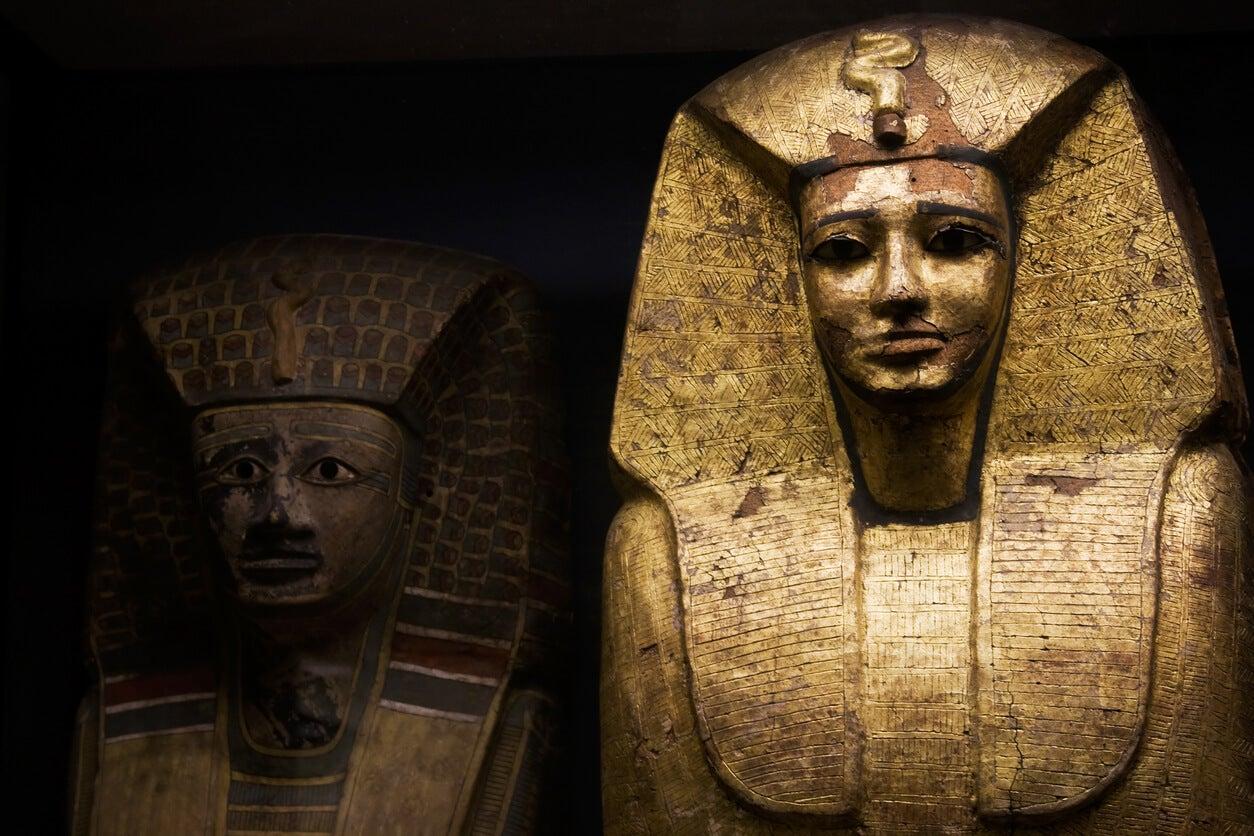 estatua piedra faraon egipcio museo britanico egipto londres sarcofago momia tesoro