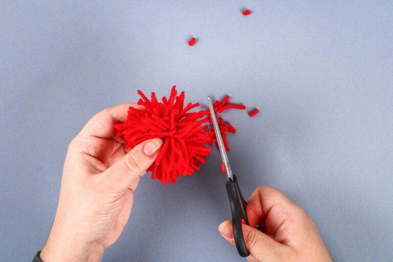 5 manualidades para hacer con pompones de lana