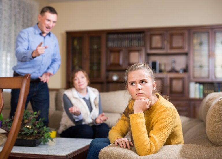 Adultocentrismo: ¿qué es y por qué tienes que evitarlo?