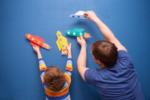 9 manualidades con cartulina para niños