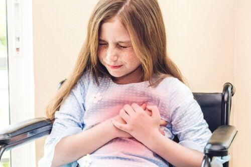 Dolor de pecho en niños: causas y cuándo ir al médico