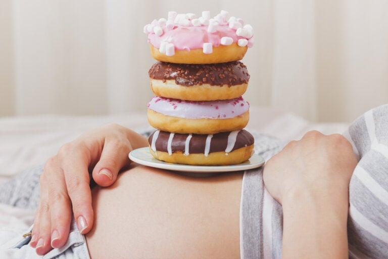 Alimentos azucarados y embarazo: cómo te pueden afectar