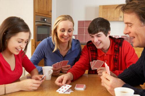 3 juegos divertidos para adolescentes