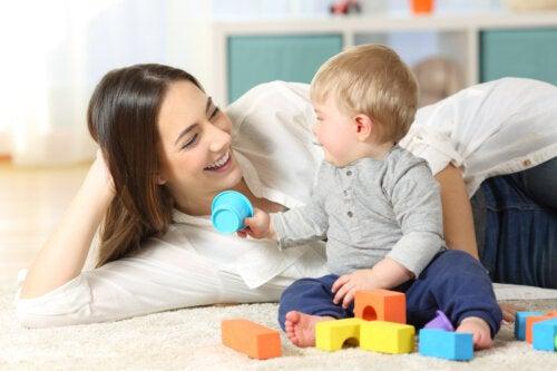 Cómo jugar con el bebé