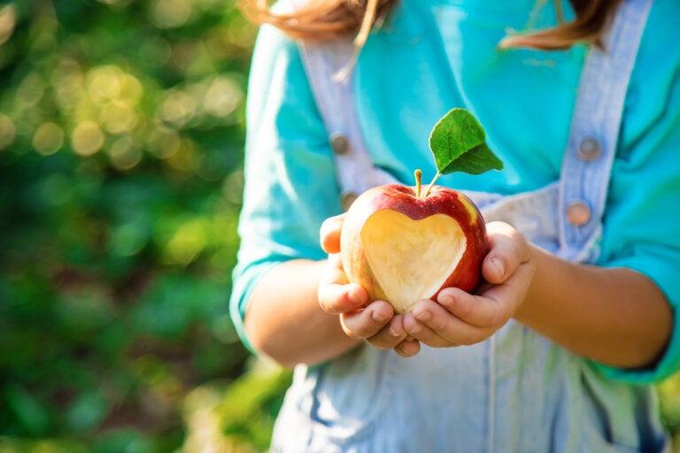 3 beneficios de la manzana para niños