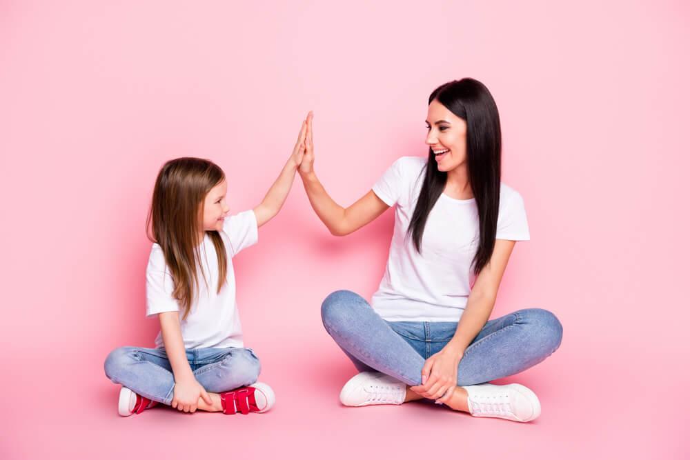 Le travail de la mère est essentiel pour former une bonne personne.