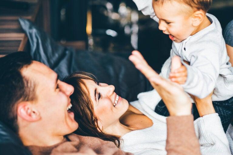 De ser pareja a familia: cómo afecta la llegada del bebé