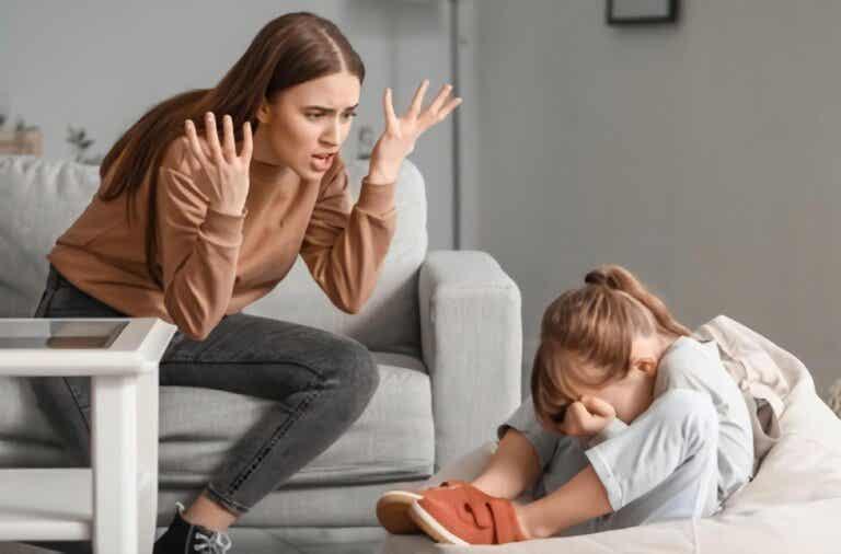 Educa sin gritos, pues daña la autoestima de los niños