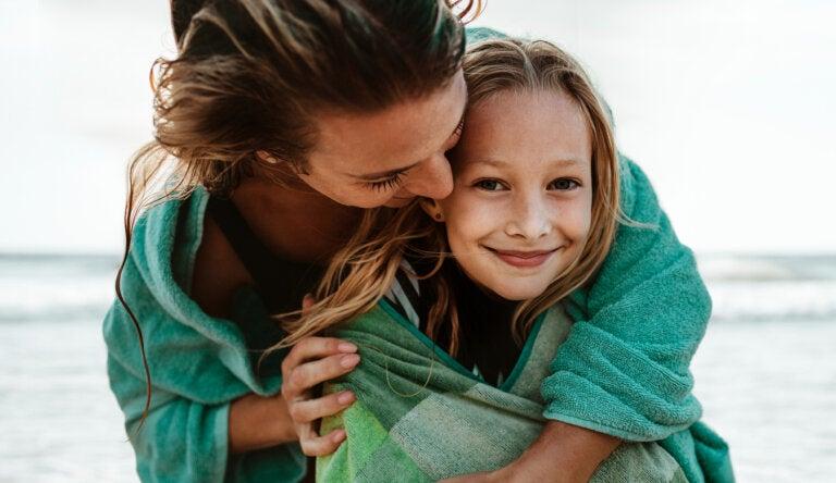 ¿Por qué el vínculo entre madre e hija es tan fuerte?