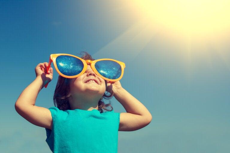 Gafas de sol para bebés y niños: lo que debes tener en cuenta