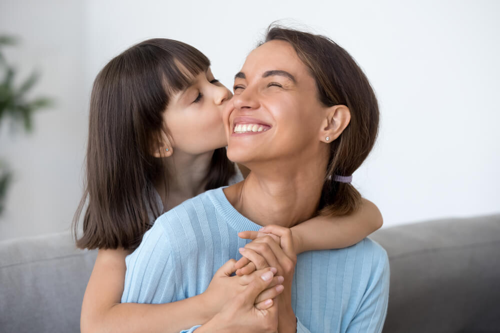 Mamá disfrutando con su hija